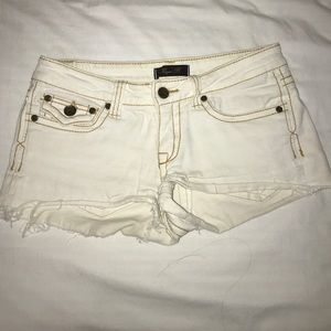 Pants - Hire shorts with brown lining